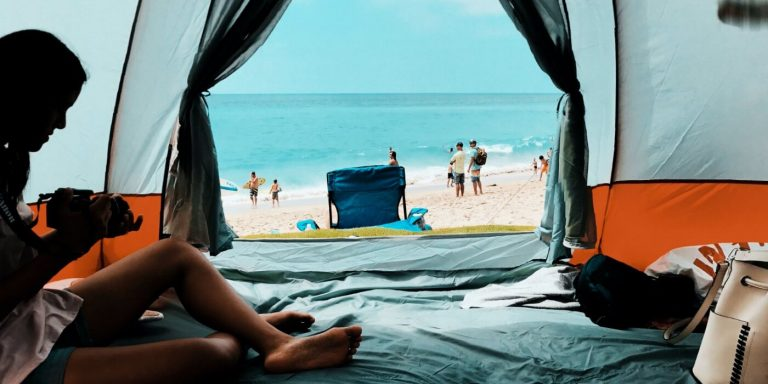 Best camping fan for large tent 2021: beat the heat and sleep in comfort