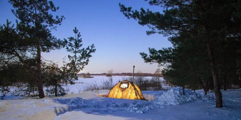Russian bear winter tent with stove: a detailed review for 2021